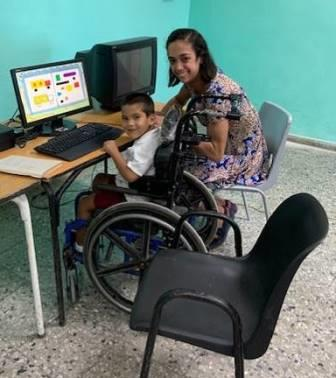 woman-child-wheelchair-computer