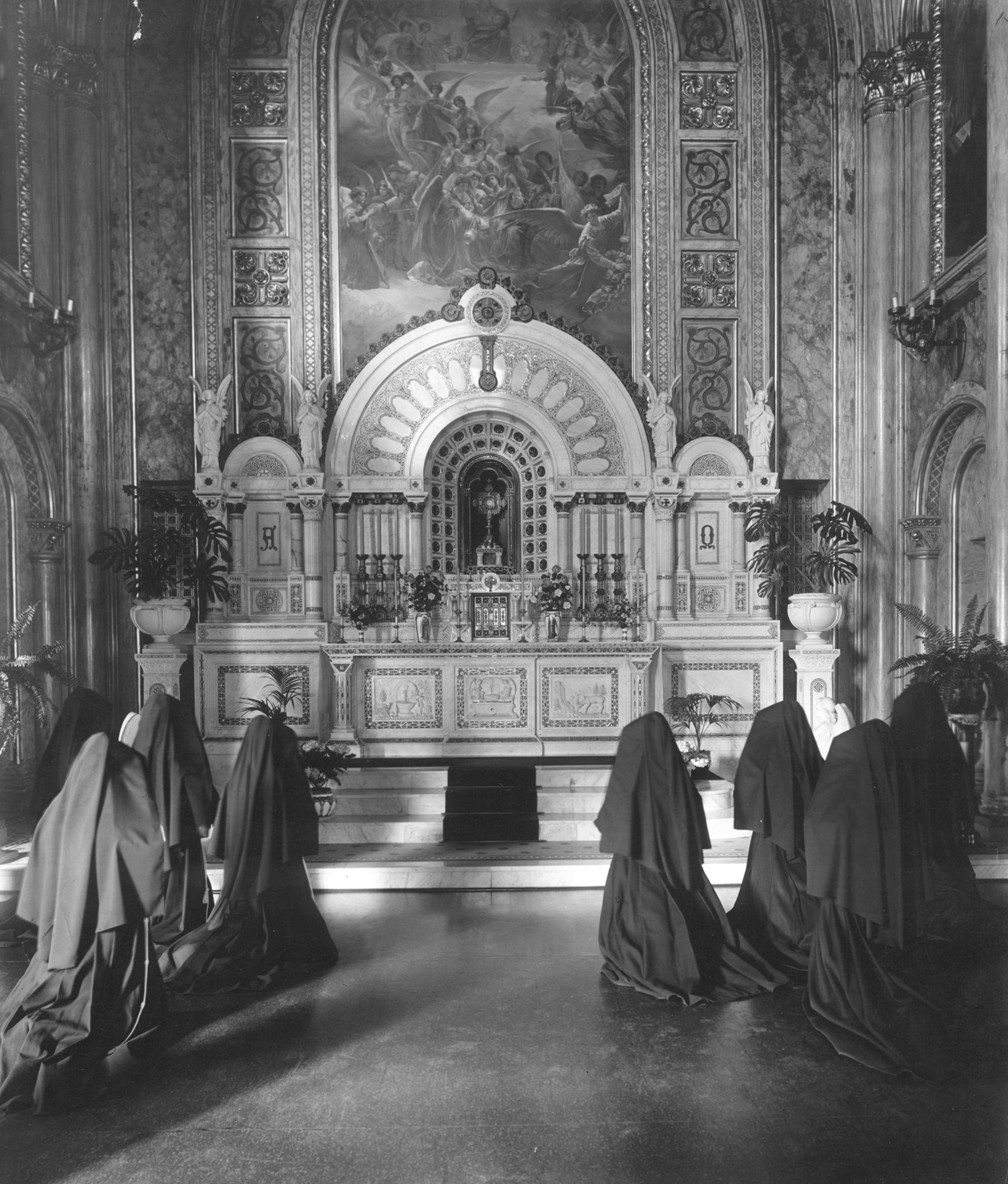 Adorers in the Adoration Chapel, circa 1906