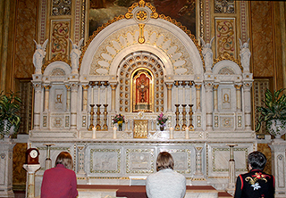 Sisters praying in adoration chapel
