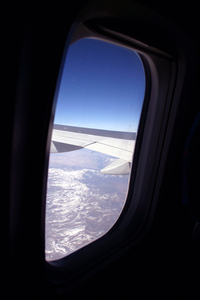 aiplane-window-view-below