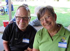 Affiliates Mike and Maggie enjoy the affiliation picnic