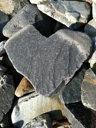 rocks-heart-pixabay.com